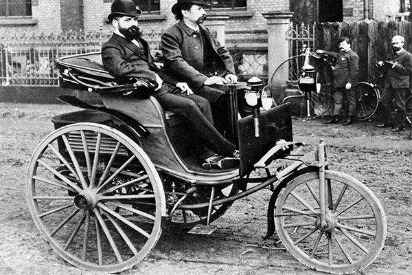 This 1886 Mercedes-Benz Motorwagen Engine Start Video Takes You Back 134 Years