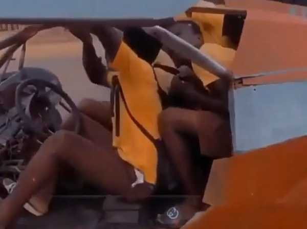 ghanaian-student-builds-sports-car-with-gullwing-doors