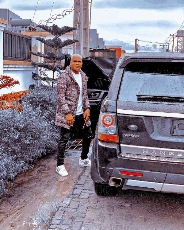 instagram-comedian-oluwadolarz-buys-range-rover