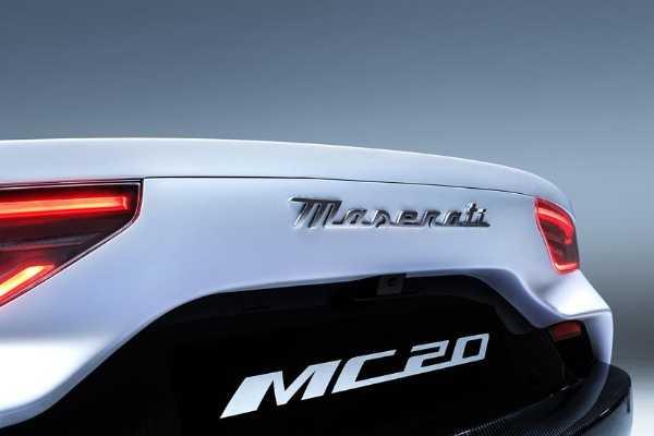 2021-maserati-mc20
