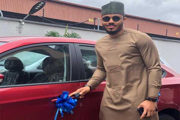 Ozo Of BBnaija Officially Receives His Car Gift From Innoson