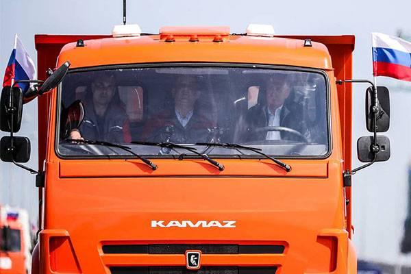 putin-truck-autojosh