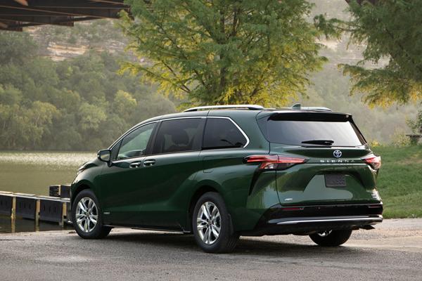 2021 Toyota Sienna  autojosh