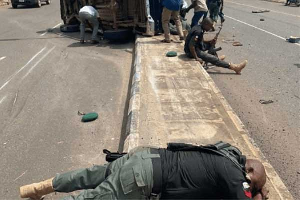 Ugly Photos From A Toyota Hilux Accident That Killed About 5 Police Officers In Akure On Tuesday (Photo0-Autojosh