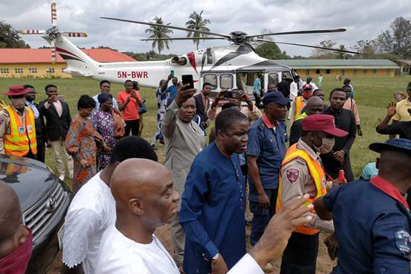 Bishop Oyedepo Flies Helicopter To Commiserate With His Vice Who Lost His Aged Father In Kwara