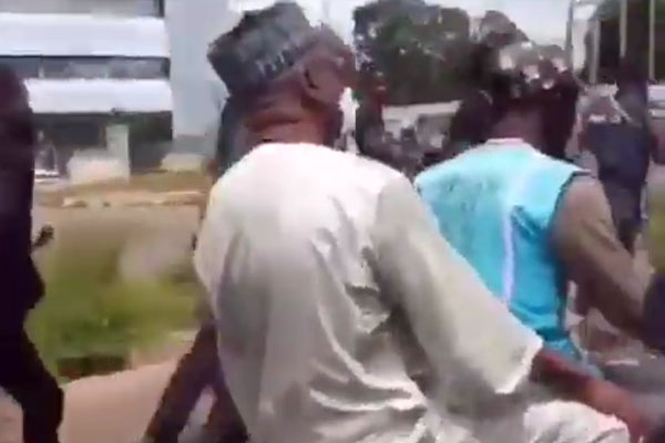 #ENDSARS: Kwara State Governor Spotted On Okada From Govt. House To Poljoshice HQ (Video)Autojosh