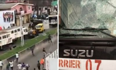 Hoodlums allegedly participating in the EndSars protest attack policemen attached to RRS operatives in Lagos-autojosh