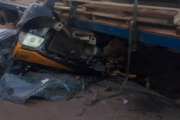 Truck Crushes Tricycle, Kills A man, Injure Others In Onitsha (PHOTOS)
