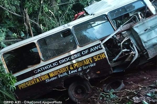 Truck Rams Into Primary School Bus, Kills Scores Of Pupils (PHOTOS)