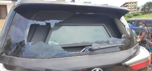 endsars-protesters-damage-bulletproof-lexus-lx-570-belonging-to-ogun-deputy-governor