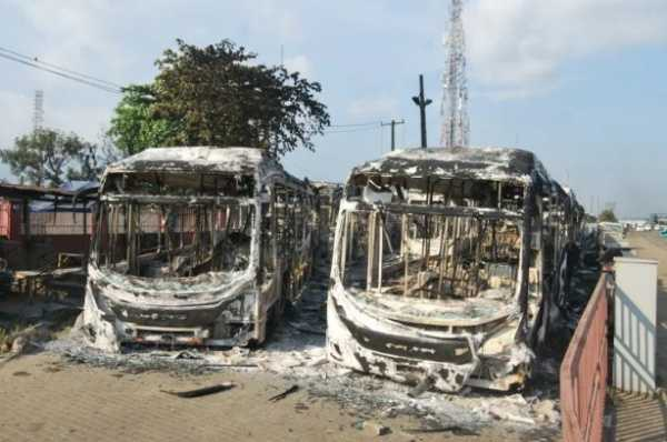 Insurance Didn't Cover 80 Lagos BRT Buses Worth ₦3.9bn Burnt During #EndSARS – Sanwo-Olu - autojosh