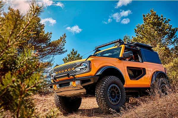 Ford Bronco To Get The Velociraptor Treatment With A 750 V8 Engine