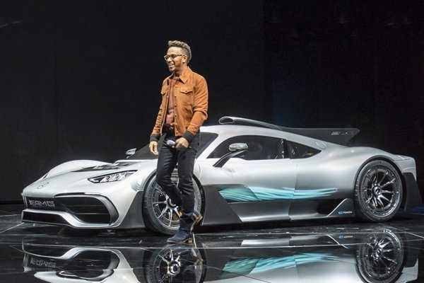 F1 Champ Lewis Hamilton no longer drives his supercar collection worth £13m cos they pollute the planet - autojosh