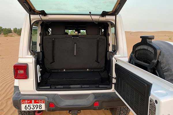 Wow! A Jeep Gladiator Is Transformed Into A 7-Seater SUV