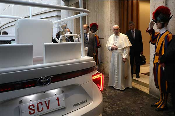 Pope Francis Gifted With A Customized Toyota Mirai Popemobile