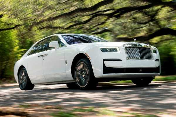 """Rolls-Royce Added Sounds To New Ghost Cos """"Near Silent"""" Prototypes Made Drivers Feel Sick - autojosh"""