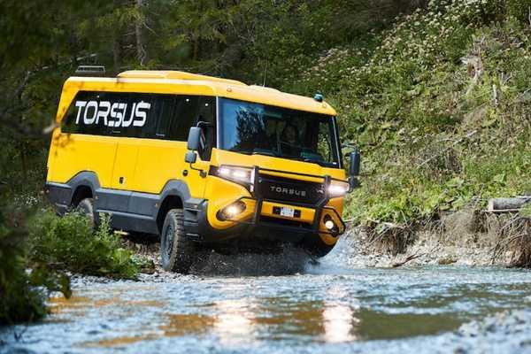 Torsus Praetorian World's Toughest School Bus-autojosh