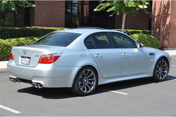Manual Transmission 2004 BMW M5 V10 Will Soon Be A Classic