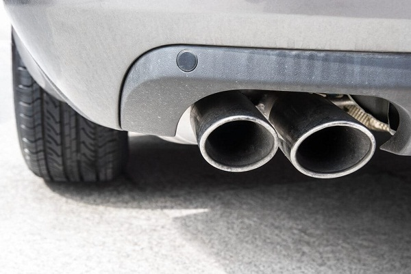 water exhaust pipe