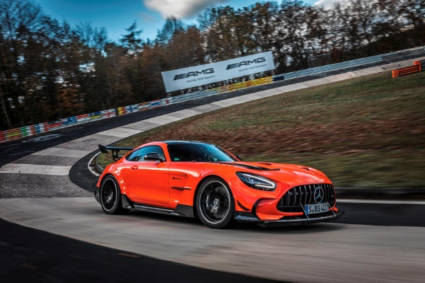 Rumour: Mercedes-AMG To Stop Production Of GT Coupe And Roadster By The Year End