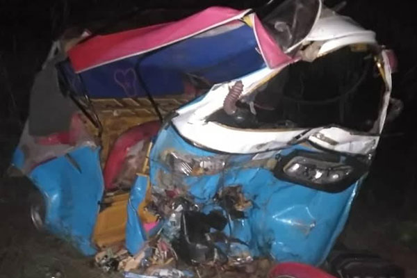 See How Two Delta State Polytechnic Final Year Students Lost Their Lives To Motor Accident (PHOTOS)
