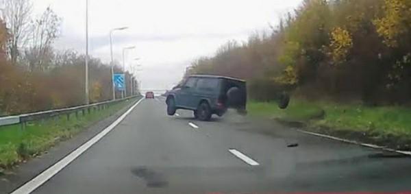 Arsenal Star Joe Willock Crashes Mercedes G-Wagon After Loosing Control Of His Speeding SUV - autojosh