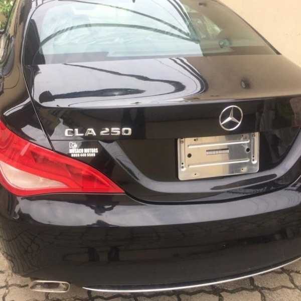 See BBN Star Dorathy's Reaction As She Receives Mercedes As A Birthday Gift From A Fan - autojosh