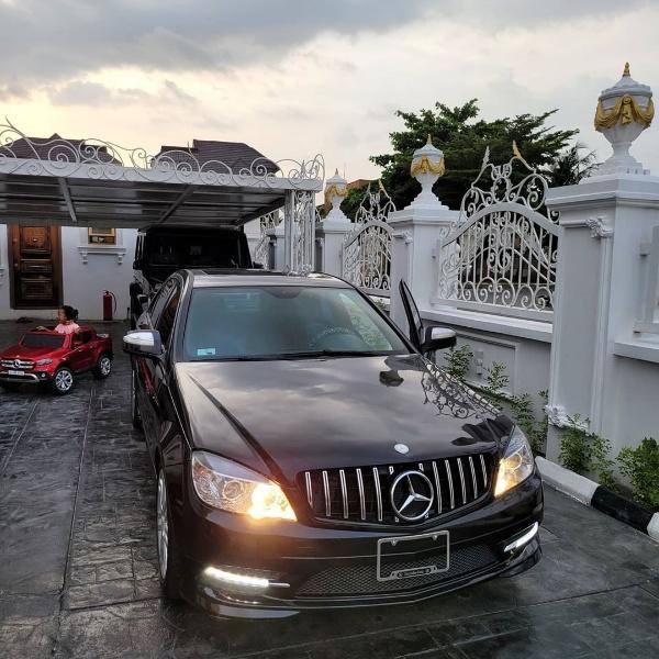 Interior Decorator Ehi Ogbebor Gifts PA Mercedes - autojosh