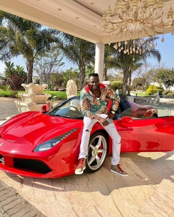 "Mompha Dismisses ""Juju"" Talks After Ginimbi's Ferrari Overheated During Funeral - autojosh"