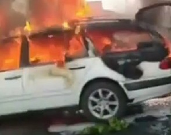 Hearse On Fire, Vehicle Conveying Dead Body Burst Into Flames Along Lagos-Ibadan Expressway - autojosh