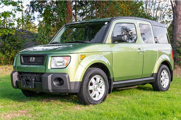 Shocking: A 2006 Honda Element Was Auctioned For ₦11m