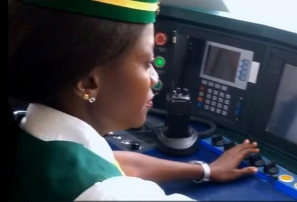 Meet Isa Abiola Fatima Nigeria's First Female Train Driver - autojosh