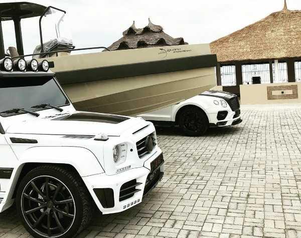 Obafemi Martins Shows Off His Yacht, Bentley Bentayga And Mercedes G-Wagon - autojosh