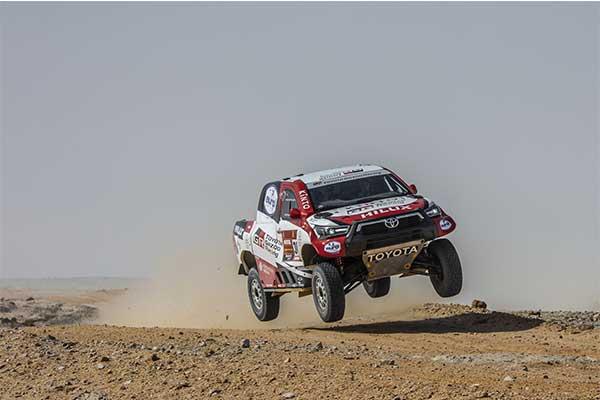 Toyota Gazoo Fits A V8 Engine On The Hilux For The 2021 Dakar Rally