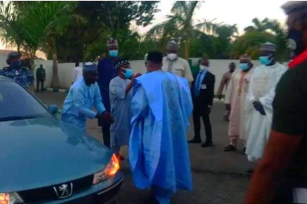 Man Receives Car Gift After Trekking From Sokoto To Bauchi For Governor Mohammed-autojosh
