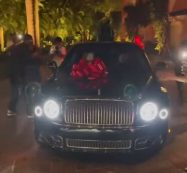 Sean Diddy Combs Surprises Mum With $1m Check And Bentley Mulsanne As She Turns 80 - autojosh