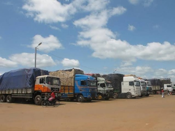 FG Seized 1,957 Vehicles, 895 Motorcycles, 157,511 Bags Of Rice, During 16-months Border Closure - autojosh
