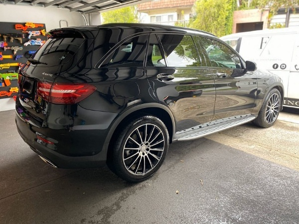 """Mum Slammed For Buying Mercedes GLC For 9yr-old Daughter, Says She Bought It Cos Of Its """"Extra Safety Features"""" - autojosh"""