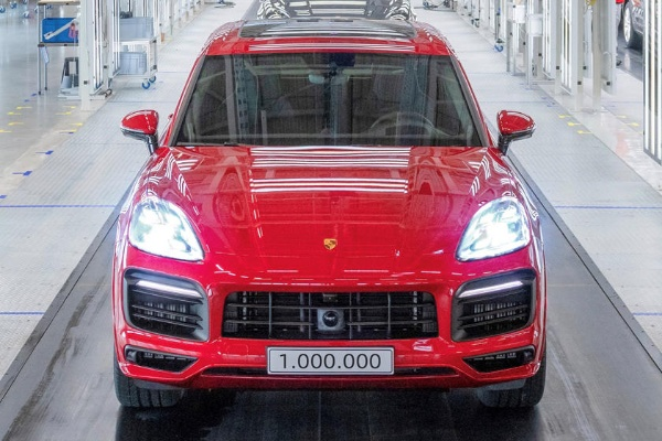 One Millionth Porsche Cayenne Just Rolled Off The Assembly Line - autojosh