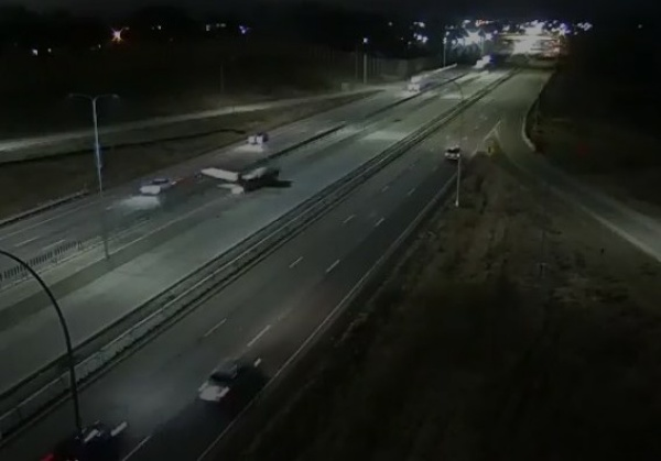Moment Plane Crashes Into SUV During Emergency Landing On A Highway - autojosh