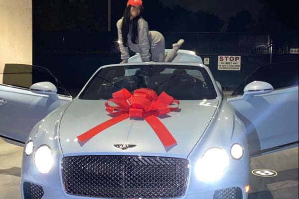 American Rapper Quavo Gifts His Girlfriend A Bentley For Christmas
