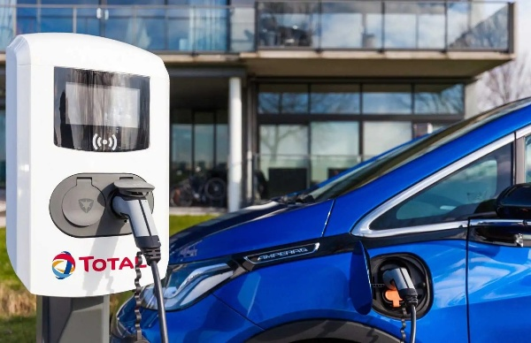 Oil Giant Total To Operate 2,300 Electric Vehicle Charging Points In Paris - autojosh