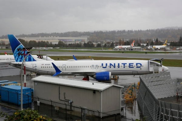 United Airlines Takes Delivery Of 737 Max After The Controversial Boeing Jet Was Cleared To Fly Again - autojosh