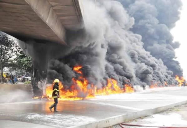 FG Warns Against Using Lagos Airport Road Flyover Bridge Weakened By Tanker Explosion - autojosh