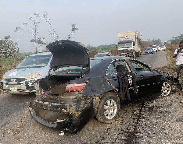 Wizkid's Baby Mama Shola Ogudu Involved In Motor Accident - autojosh