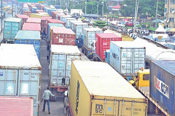 Lagos State Government Bans Trucks, Trailers From Plying Roads The During Day time
