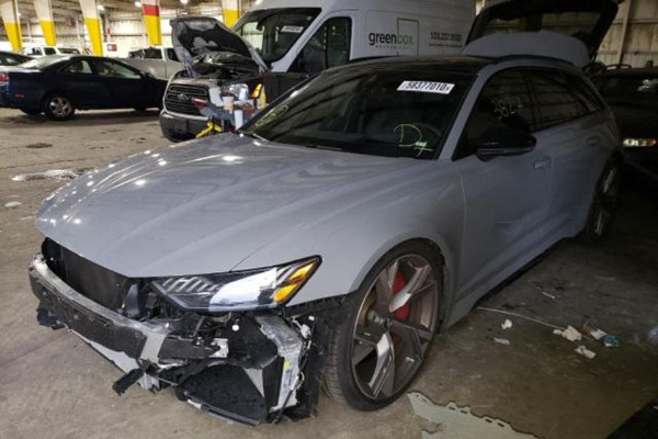 This Crashed 2021 Audi RS6 Avant Is Up For Sale For $113,670, Brand New Starts At $110,000 - autojosh