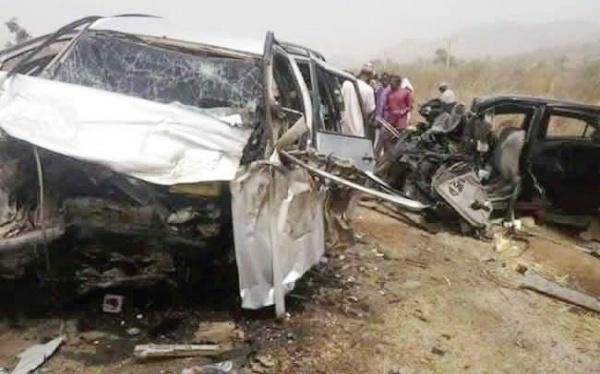 Five Dead, 14 Injured In Lagos-Ibadan Expressway Accident - autojosh