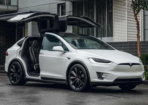Nigerian Woman Cruises In Her N35m Tesla Electric Car - autojosh