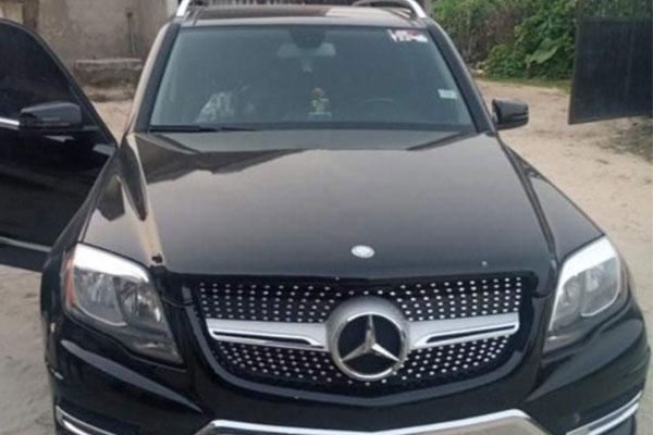 Gunmen Assassinate Man In His Mercedes In Broad Daylight In Warri, Spares Others - autojosh